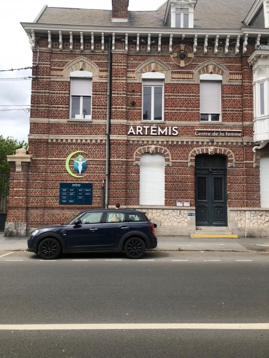 Enseigne Artemis centre de la femme